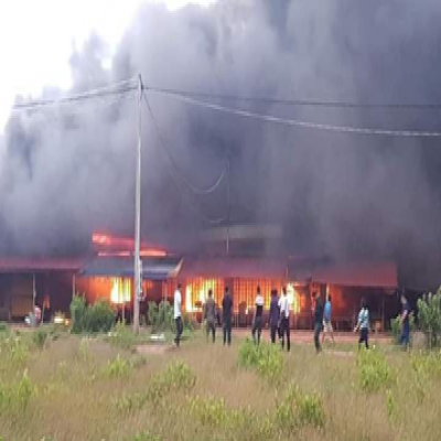 Fire At Kep White Horse Market